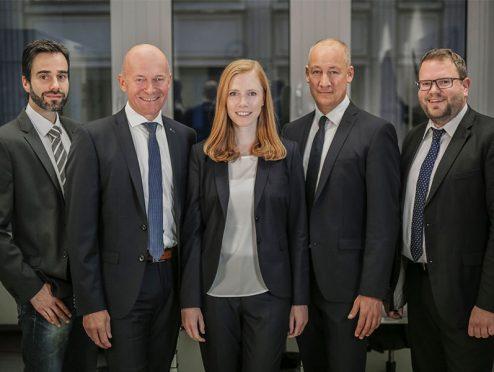 Hans John Versicherungsmakler: Ausbau der Geschäftsführung