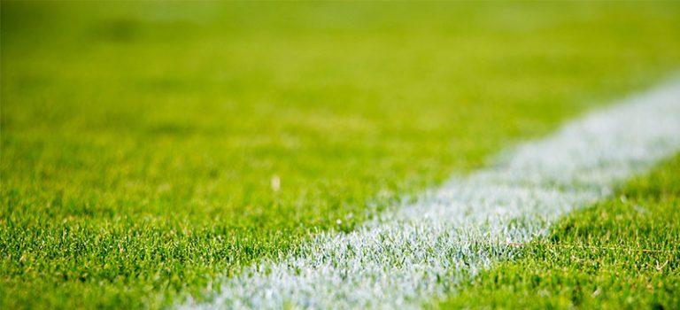 R+V und FC Schalke 04 besiegeln Partnerschaft im Esports-Bereich