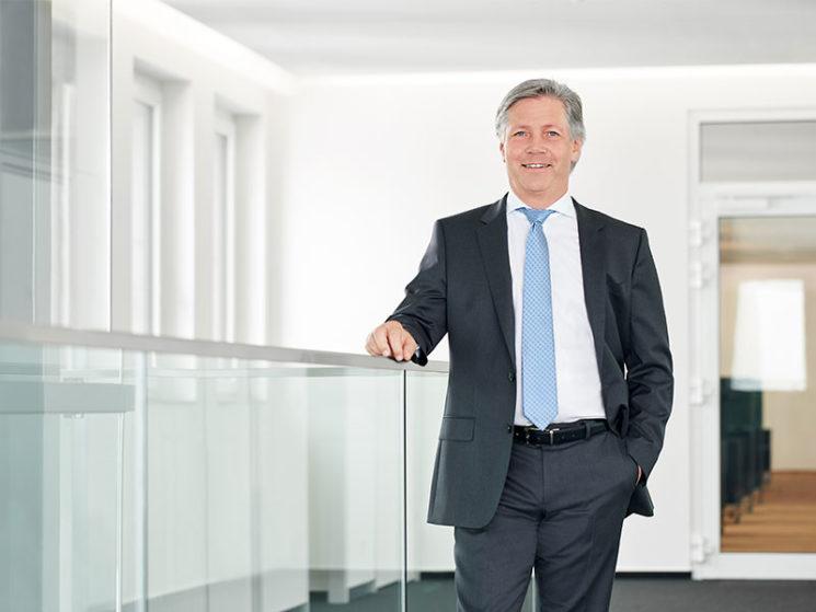Karl-Heinz Fahrenholz scheidet aus Vorstand der Haftpflichtkasse aus