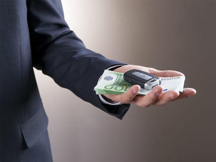 Mängelhaftung beim Autokauf: Vertragspartner muss eindeutig sein