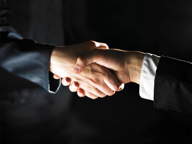 Policen Direkt gibt Übernahme der Läpple Versicherungsmakler GmbH bekannt