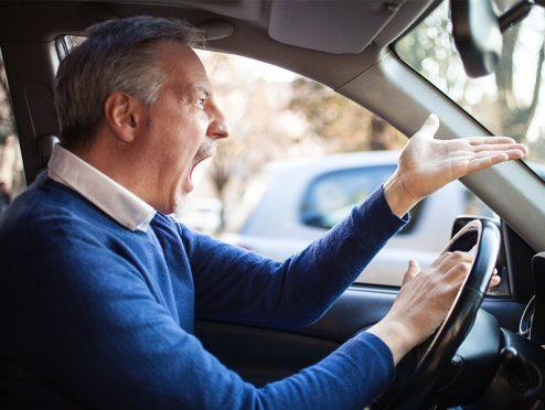 uniVersa: Neuer Kfz-Tarif belohnt unfallfreies Fahren und Kundentreue