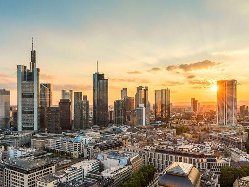 In diesen Städten suchen am meisten Menschen nach Anlagemöglichkeiten