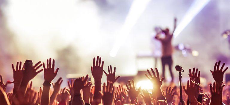 Umgefallener Lautsprecher verletzt Konzertbesucherin – kein Schadenersatz