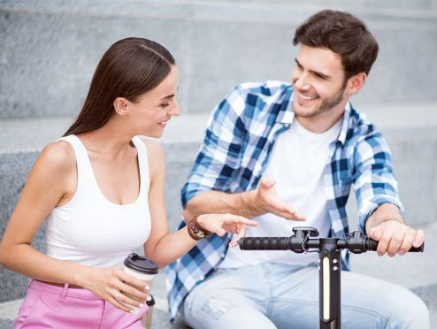 Straßenzulassung passiert Bundesrat – das denken die Deutschen über E-Scooter