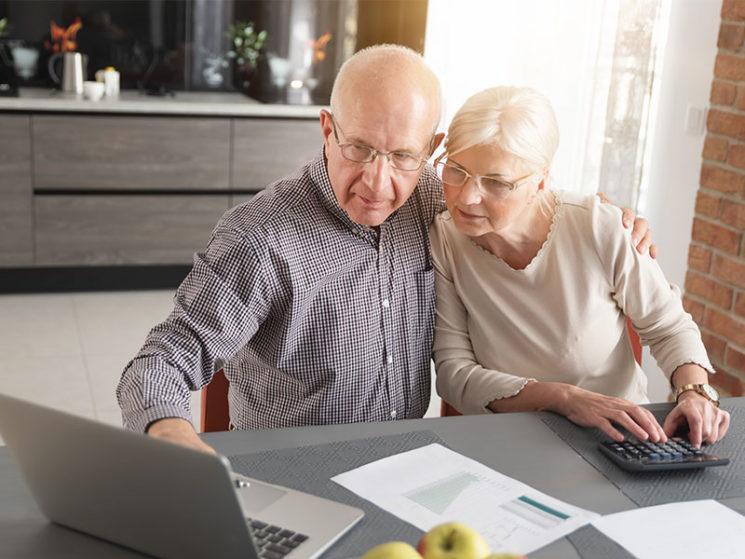 Altersvorsorge: So nutzen Versicherer die Kommunkationskanäle
