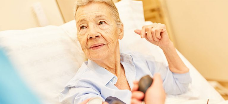 Mehr Kapitaldeckung für Pflegeversicherung gefordert
