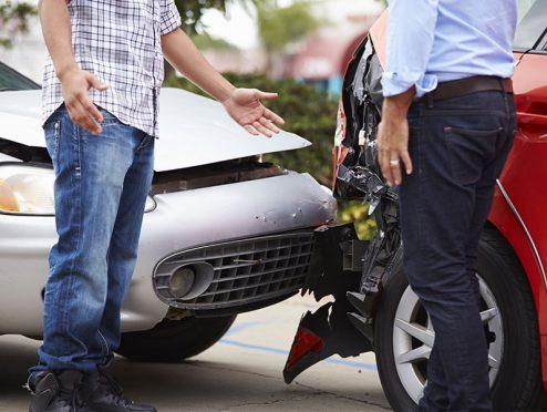 So verhalten Sie sich bei einem Autounfall im Ausland richtig