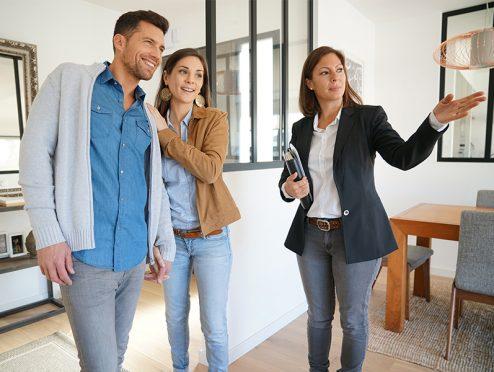 """Investition """"Betongold"""": Was Sie beim Abschluss eines Immobilienkaufvertrages beachten sollten"""