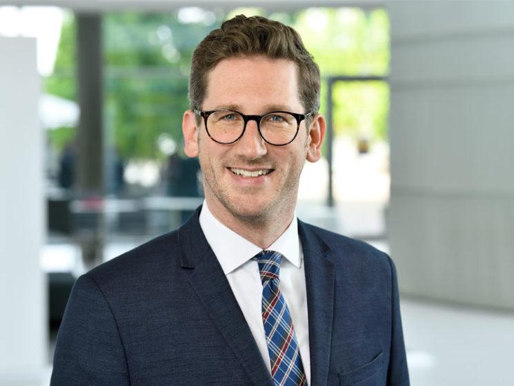 VHV: Dr. Sebastian Reddemann ist neuer Vorstand Komposit