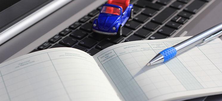 Fahrtenbuchauflage gilt auch bei Verkauf des Autos