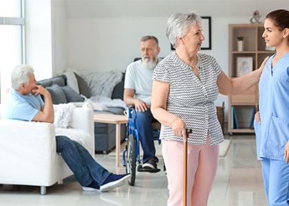 Das sollten Sie wissen, wenn Sie in Pflegeimmobilien investieren