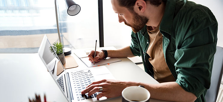 mailo bietet Versicherung für Autoren und Journalisten