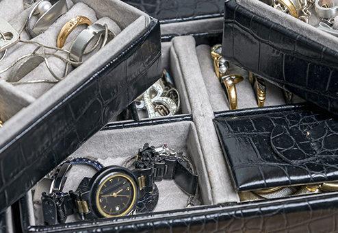 Rolex gestohlen: Hausratversicherung darf Entschädigungshöhe begrenzen