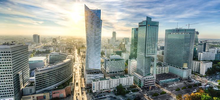 FRIDAY: Neuer Standort in Warschau