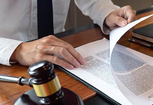 Pflichtverletzung des Vermittlers: So ermittelt der BGH den Schaden des Versicherten
