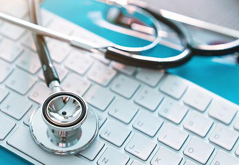 """HanseMerkur: """"Corona-Bot"""" für medizinische Ersteinschätzung"""