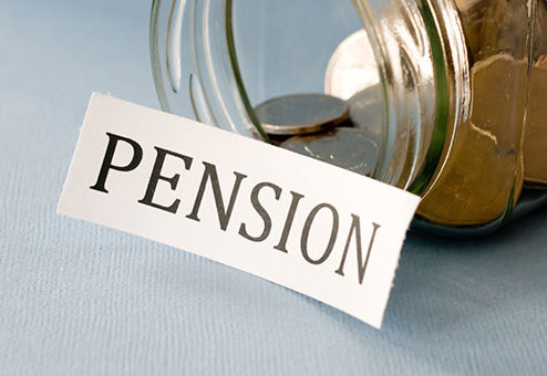DAX-Pensionswerke trotzen Zinsdruck