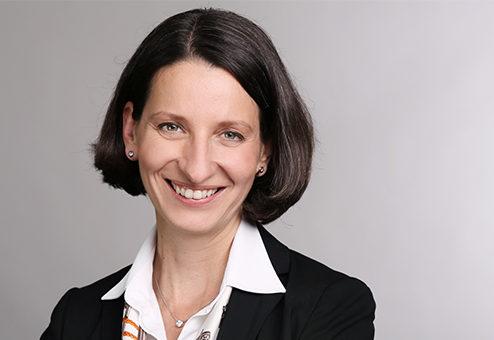 HUK-COBURG: Sarah Rössler legt 2021 Vorstandsmandat nieder