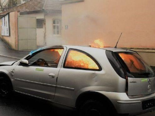 Unfall im Ausland? Was Autofahrer wissen sollten