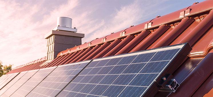 Mit VHV SOLARPROTECT Photovoltaikanlagen absichern