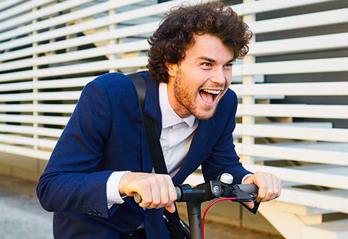 Betrunken auf dem E-Scooter – Führerscheinentzug droht