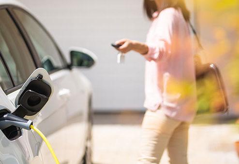 Fast jeder Fünfte plant E-Auto-Kauf