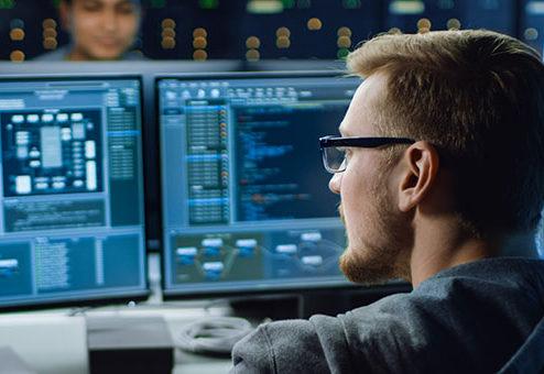 Hiscox entwickelt Cyber-Versicherung weiter