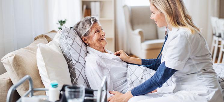 Sofortmaßnahmen für die stationäre und ambulante Pflege