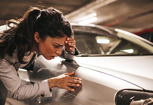 Wer haftet bei Unfall mit parkendem Fahrzeug?