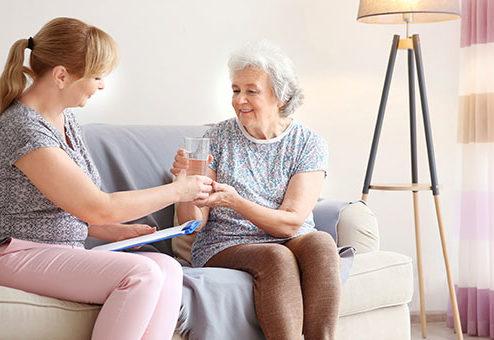 24-Stunden-Pflege: Was gibt es zu beachten?
